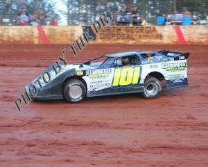 Case Roberts leads flag to flag to take the Buck Simmons Tribute at Toccoa Speedway.