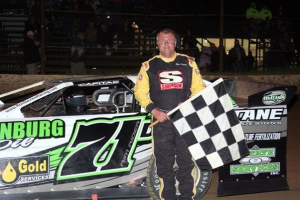 Ron Davies leads Capital Race Cars to Victory Lane at Little Valley Speedway!